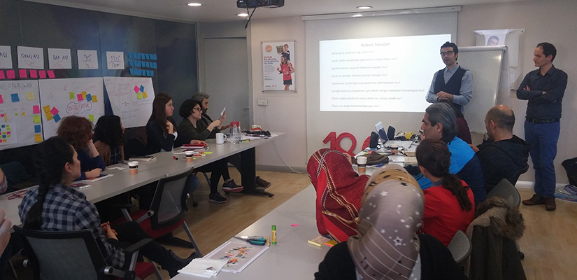 Suriyeli Mülteci Çocukların Eğitim Yoluyla Toplumsal Entegrasyonu için Öğretmen Destek Programı Tamamlandı